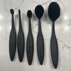 Artis Elite 5 Brush Set (Black) & Cleaning Kit
